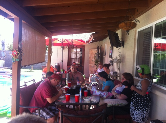 Poolside dining with the family...good times!